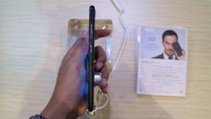 Bagian Samping Zenfone Zoom S
