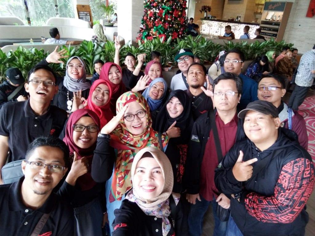Keseruan Ikut Event Peluncuran Zenfone Max Pro M2 & Rog Phone - Selfie Bareng Blus Community