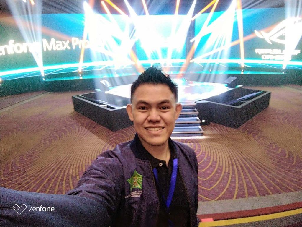Keseruan Ikut Event Peluncuran Zenfone Max Pro M2 & Rog Phone - Selfie Sebelum Event Mulai