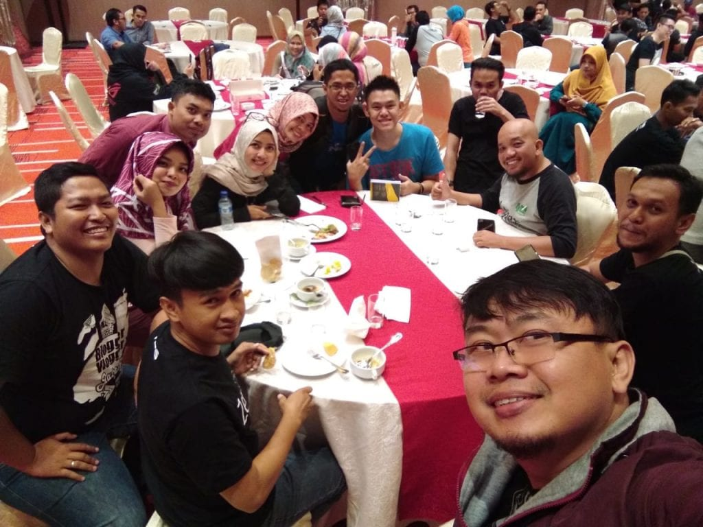 Keseruan Ikut Event Peluncuran Zenfone Max Pro M2 & Rog Phone - Selfie Sebelum Makan Malam