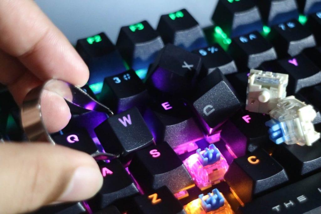 Keyboard Mechanical Switch MKA-3C Armaggeddon - Mudah Perawatan