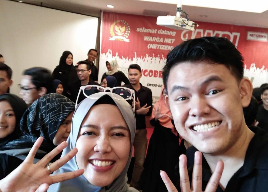 Ngobrol Bareng MPR RI & Netizen Jambi - Selfie Bareng Mbak Mira Sahid