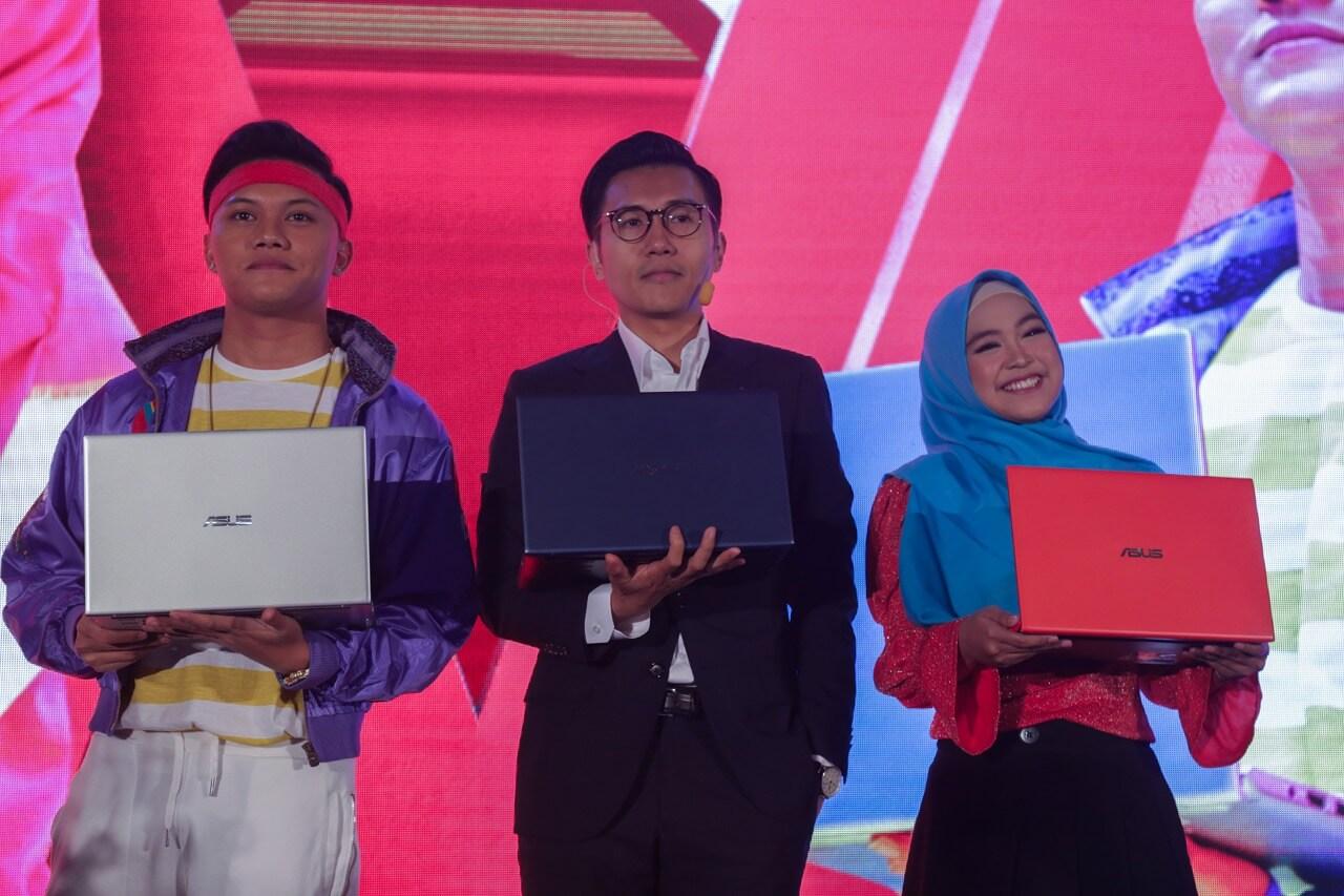 ASUS VivoBook Ultra A412 Resmi Rilis Di Indonesia - Jimmy Lin With ASUS A412