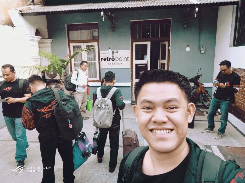 RetroPoint BnB Guest House Murah Di Bandung - Penampakan Bagian Depan Penginapan