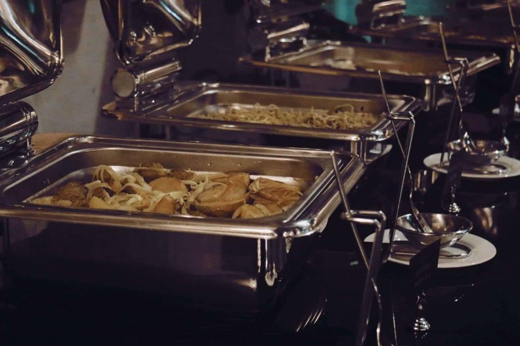 Menginap Semalam Di Hotel Heritage Savoy Homann Bandung - Beragam Menu Makan Malam