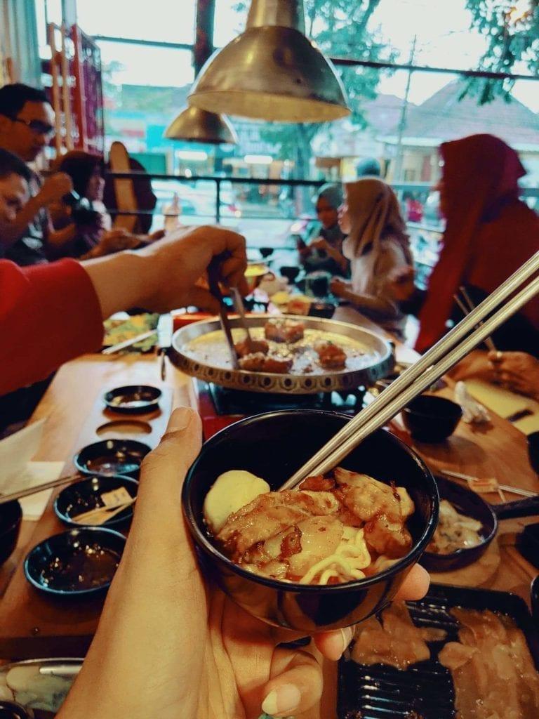 Nyobain Makanan Korea di Fat Oppa Bandung - Makanan Korea Lezat