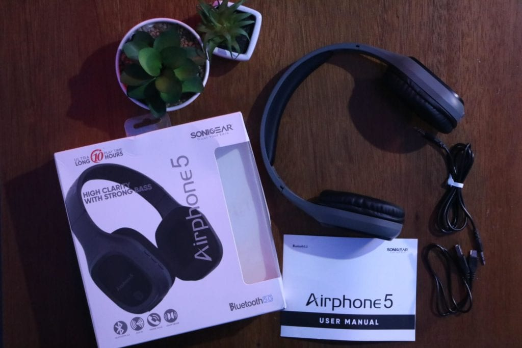 Unboxing Sonicgear Airphone 5 - Headphone Bluetooth Murah Dengan Suara Bass Yang kencang