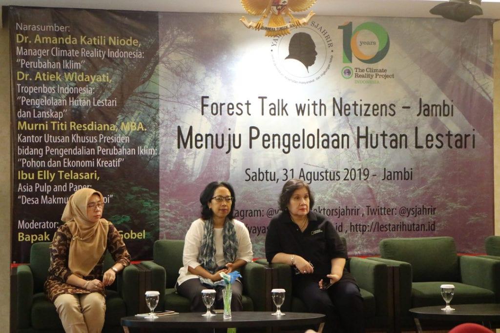 Forest Talk - Pentingnya Melestarikan Hutan - Pemateri