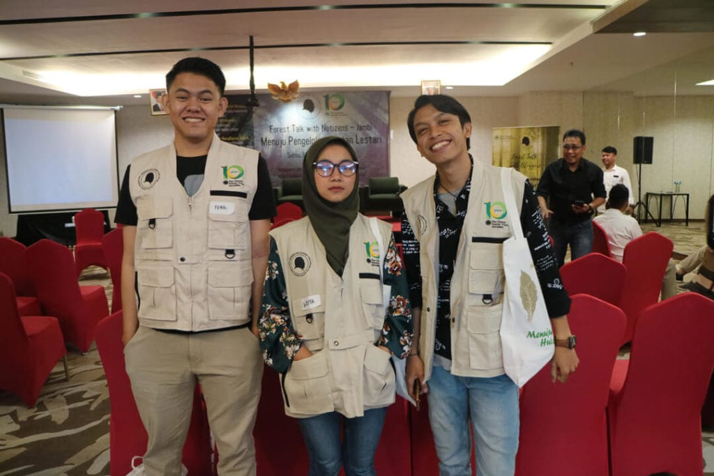 Keseruan Acara Forest Talk With Netizen Jambi - Netizen Jambi