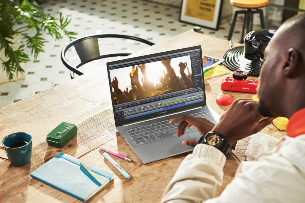 Performa ASUS VivoBook S14 S433